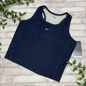 Nike NWT Work Out Top